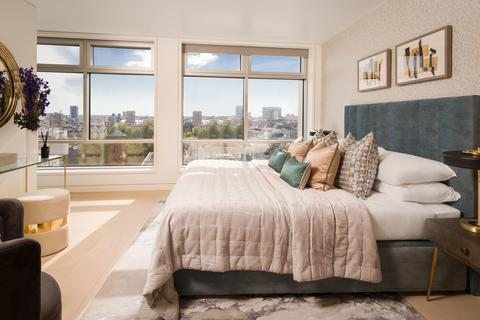 3 bedroom flat for sale - Centre Point Residences, 103 New Oxford Street, London, WC1A