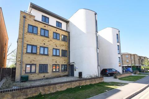 Apartment to rent - Roger Dudman Way, Oxford, OX1