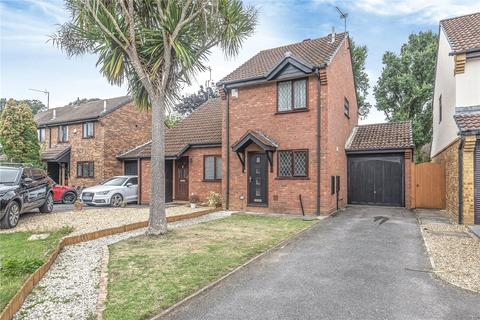 2 bedroom semi-detached house for sale - Forth Close, Chandler's Ford, Eastleigh, Hampshire, SO53