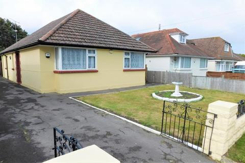 3 bedroom bungalow for sale - Blandford Road, Poole, Dorset, BH15