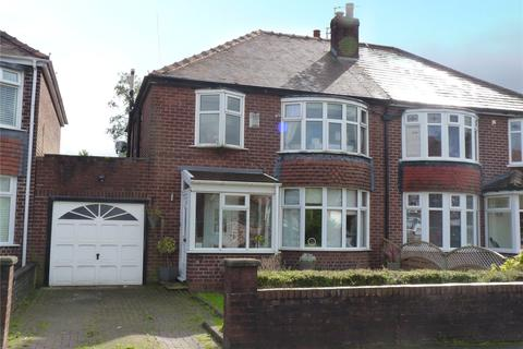 3 bedroom semi-detached house for sale - Mere Avenue, Alkrington, Middleton, Manchester, M24