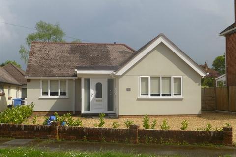 3 bedroom detached bungalow to rent - Merley, Poole