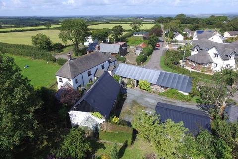 3 bedroom farm house for sale - Okehampton
