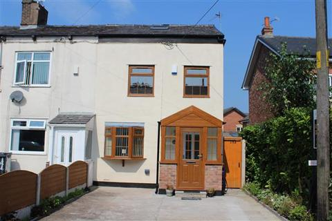 3 bedroom cottage to rent - Medlock Road, Wodhouses, Manchester