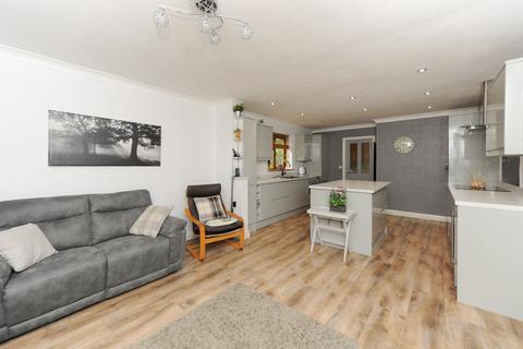 4 bedroom detached bungalow for sale - Langer Lane, Chesterfield