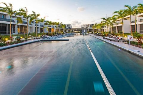 4 bedroom apartment - George Town, 898, Cayman Islands