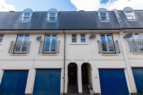 3 bedroom terraced house to rent - Witcombe Place, Cheltenham GL52 2SP