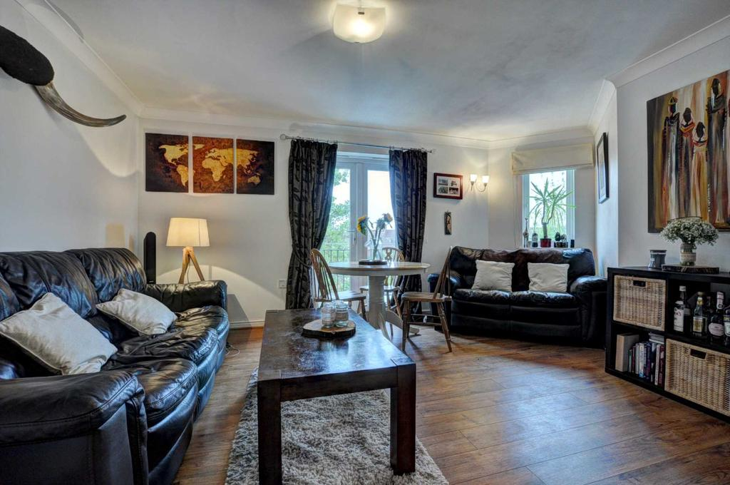 Nearest Gas Station From My Location >> Victoria Road, Marlow - Luxury Apartment 2 bed apartment ...