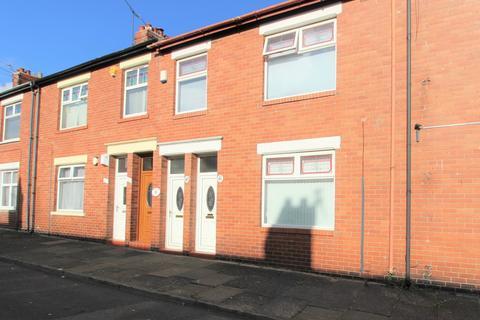 1 bedroom ground floor flat for sale - Lilburn Street, North Shields