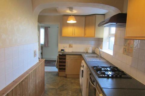 4 bedroom semi-detached house to rent - Langhorn Road, Southampton