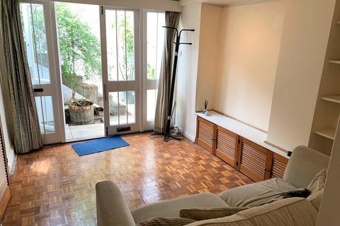 Studio to rent - Bowerdean Street, Fulham