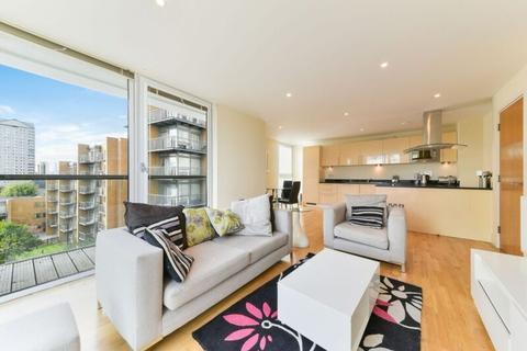 3 bedroom apartment to rent - Denison House, Millharbour, E14