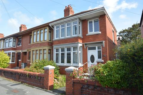 3 bedroom end of terrace house for sale - Morston Avenue, Blackpool, FY2 0TB