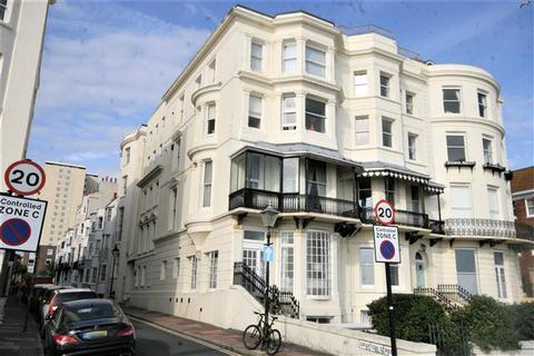 1 bedroom flat for sale - Northumberland Court, Grafton Street, BN2 1AD