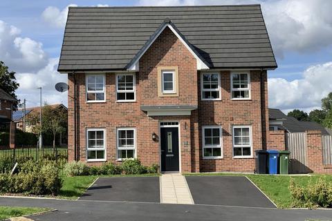 3 bedroom semi-detached house for sale - Underwood Road, Hyde, SK14 3HD