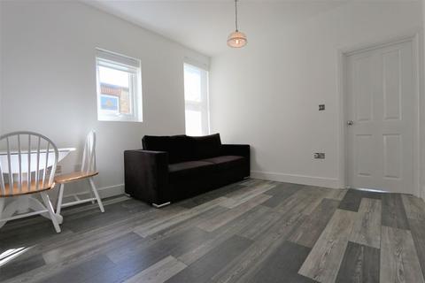 1 bedroom flat to rent - Sylvan Avenue, Wood Green N22