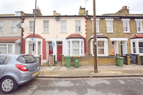 3 bedroom terraced house to rent - Pond Road, Stratford