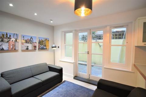 6 bedroom house to rent - Steine Street, Brighton