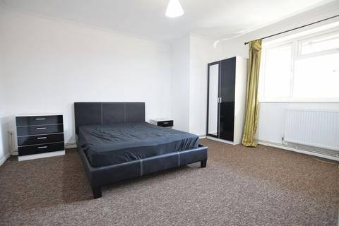 3 bedroom flat to rent - Fully furnished three bedroom flat