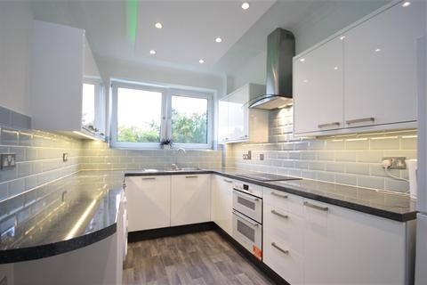 2 bedroom apartment for sale - Branksome Park, Poole