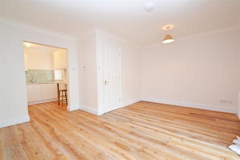 3 bedroom mews to rent - Oxford Mews , Hove, BN3 3NF