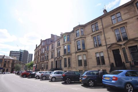 3 bedroom flat to rent - Flat 2/1, 11 Dowanside Road, G12 9YB