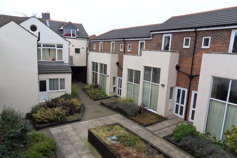 1 bedroom flat to rent - Coopers Mews, Town - Ref:P6133