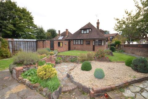 4 bedroom detached bungalow to rent - Old Bedford Road