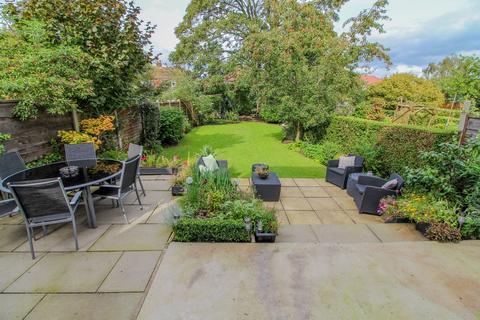4 bedroom semi-detached house for sale - Oak Grove, Poynton, Stockport, SK12