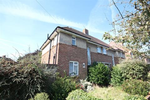 3 bedroom semi-detached house to rent - Poynings Drive, Hove