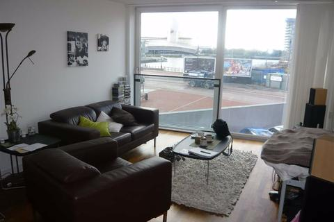 2 bedroom flat for sale - City Lofts, 94 The Quays, Salford Quays