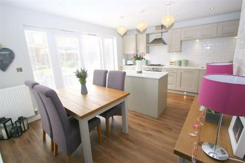 4 bedroom detached house for sale - Akenshaw Drive, Seaton Delaval, NE25
