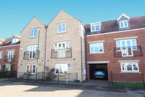4 bedroom townhouse for sale - Collingsway, Darlington