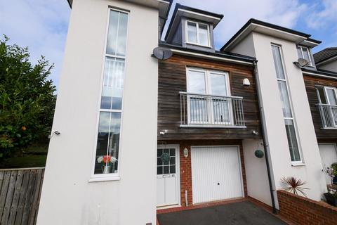 3 bedroom townhouse for sale - Telford Road, Thorney Close, Sunderland