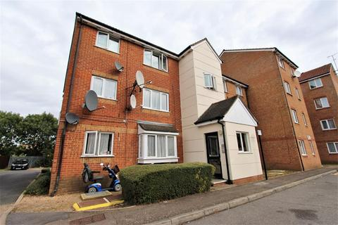 Studio for sale - Whitehead Close, Edmonton, N18