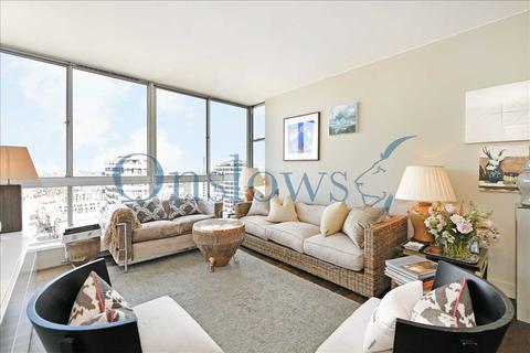 2 bedroom apartment to rent - The Quadrangle, London