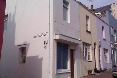 Studio to rent - Sudeley Place, Brighton BN2