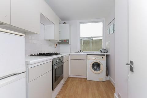 1 bedroom flat to rent - Wandsworth Road, Clapham, SW8