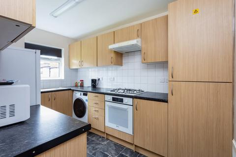 2 bedroom flat to rent - Atlee Terrace, Prospect Hill, Walthamstow, E17