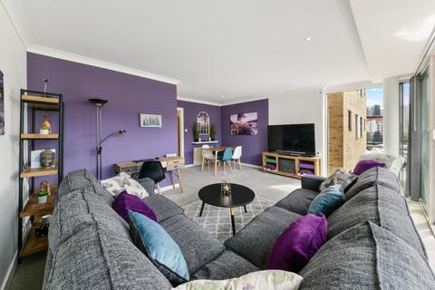 2 bedroom flat to rent - Boardwalk Place, Nr Canary Wharf, London, E14
