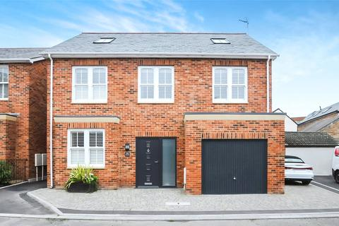 4 bedroom detached house for sale - Chalice Close, Ashley Cross, Lower Parkstone, Poole, BH14