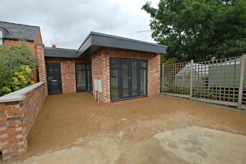 1 bedroom detached bungalow to rent - Cromwell Road Road, Cheltenham GL52