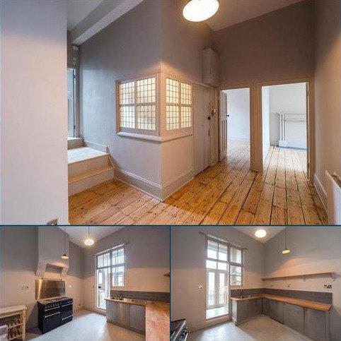 3 bedroom flat for sale - Tower Bridge Road, London, SE1