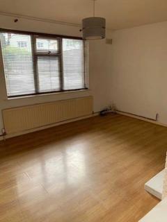 2 bedroom flat to rent - Larches Lane, Wolverhampton