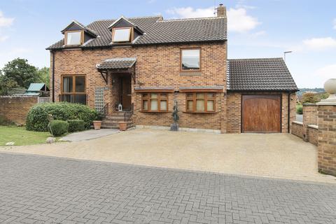 4 bedroom detached house to rent - Apple Orchard, Cheltenham GL52