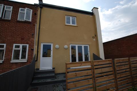 2 bedroom flat to rent - 69 High street, Cheltenham GL50
