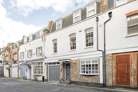 4 bedroom mews to rent - Devonshire Place Mews, London, W1G