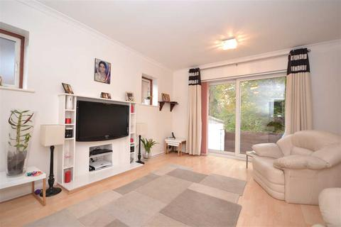 3 bedroom house for sale - Gladsdale Drive, Pinner