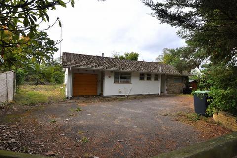 3 bedroom detached bungalow for sale - Ashley Heath, Ringwood, BH24 2LS