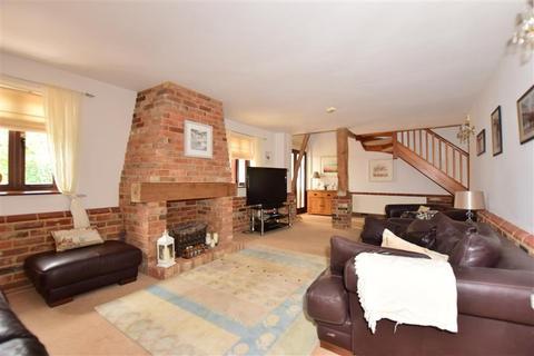 3 bedroom barn conversion for sale - Old House Lane, Hartlip, Sittingbourne, Kent